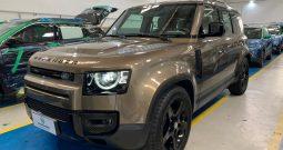 Land Rover Defender SE  2021/2021 Gasolina e Teto Translucido